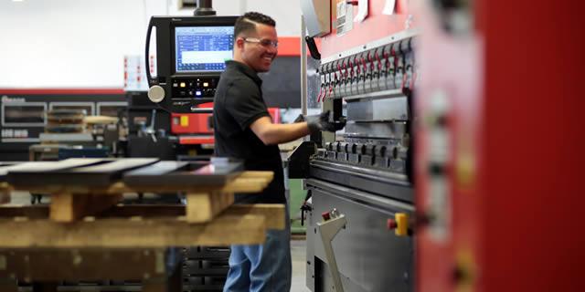 Press Brake Metal Forming